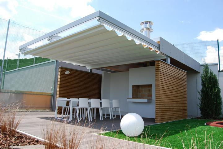mikenda_present - Zhŕňacia clona Impact - Corradi, terasový nábytok Gandia Blasco (Bratislava)