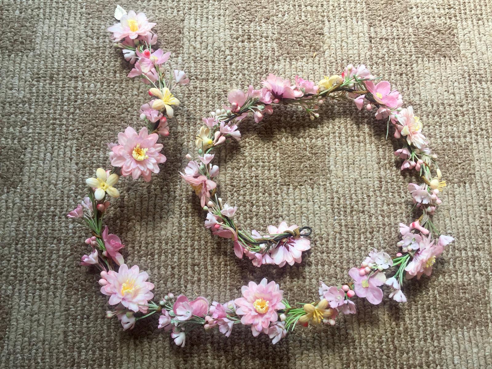 Kvetovy pletenec do vlasov - Obrázok č. 1