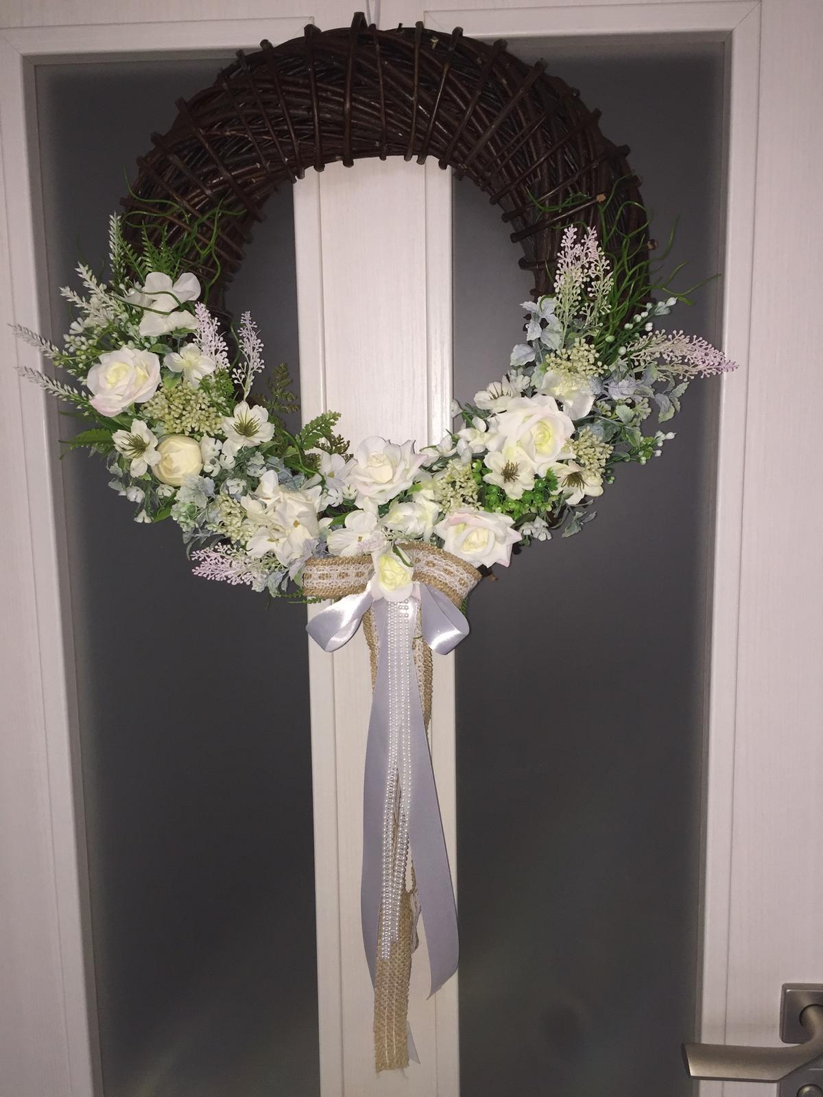 Svadobny veniec na dvere - Obrázok č. 1