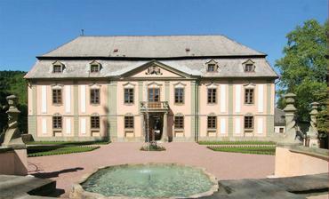 nádherný zámek v Potštejně, kde se bude konat svatba