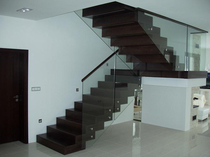 Nemáte někdo tento typ schodů? - Obrázek č. 2