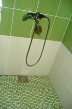 vyobkládaný sprcháč podle představ manžela