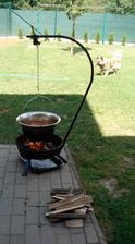 náš první kotlíkový gulášek....