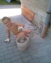 mladší dcera je fakt pracant.....
