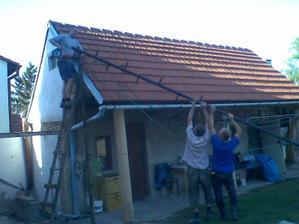 rušili jsme stožár s anténama, hrozná práce...