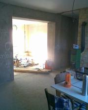 průchod do obýváku po probourání nosné zdi, výborný nápad !!!