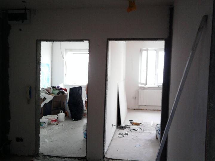 Rekonstrukce pracovna, loznice, obyvka, hala, detsky - navrhy mame a jde se bourat