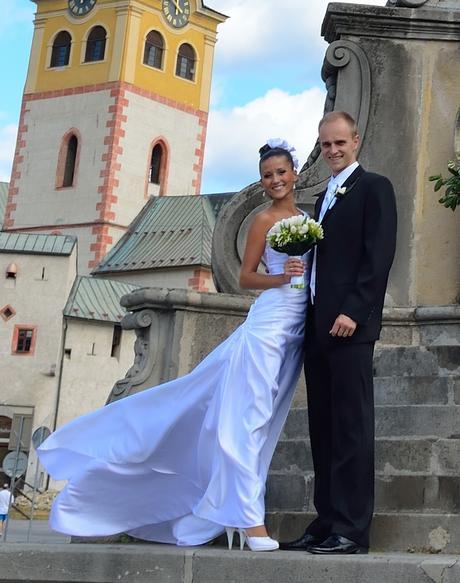 Originálne svadobné šaty plus topanocky - Obrázok č. 1