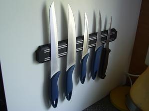 Aj magnet na nože ...