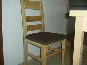 A židle..