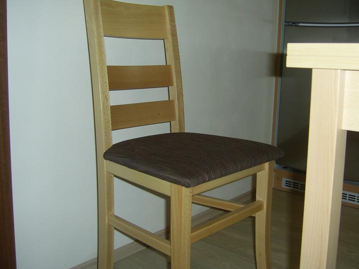 Kuchyň - A židle..