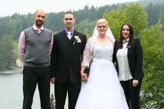 Manželův bratr s přítelkyní...