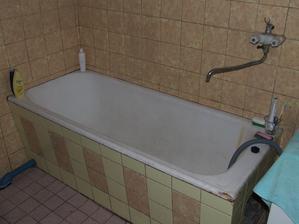 Původní koupelna...