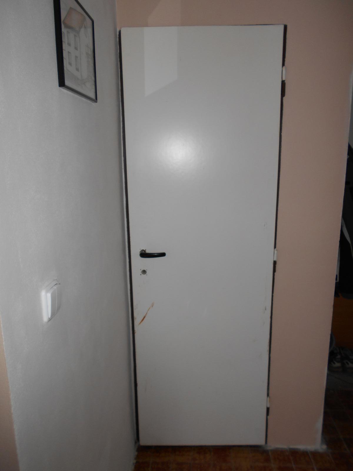 WC - Staré dveře... :o(