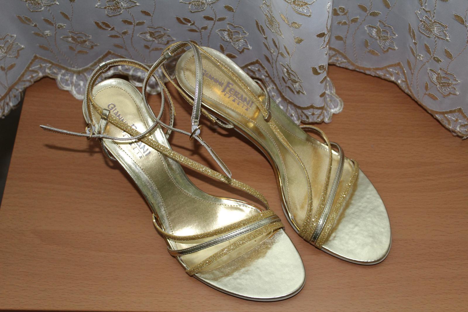 Nenosené sandále - Obrázok č. 1