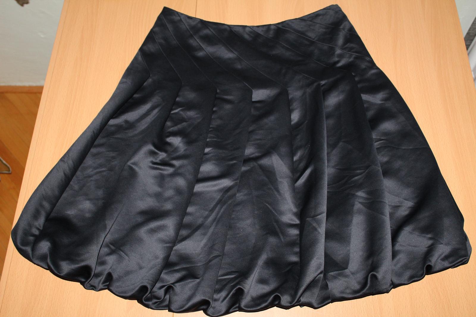 Saténová sukňa - Obrázok č. 1