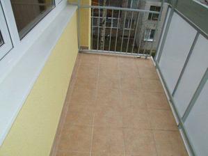 môj sen-obrovský balkón, plný kvetín, má 5 m2