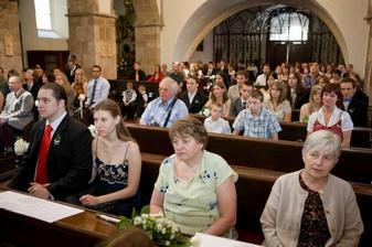 Zaplněný kostel