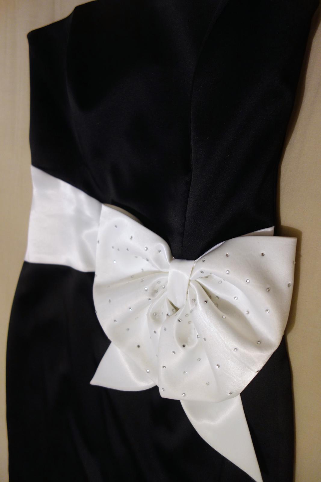 šaty s mašľou - Obrázok č. 1