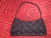 Spoločenská kabelka s čiernymi kamienkami , S