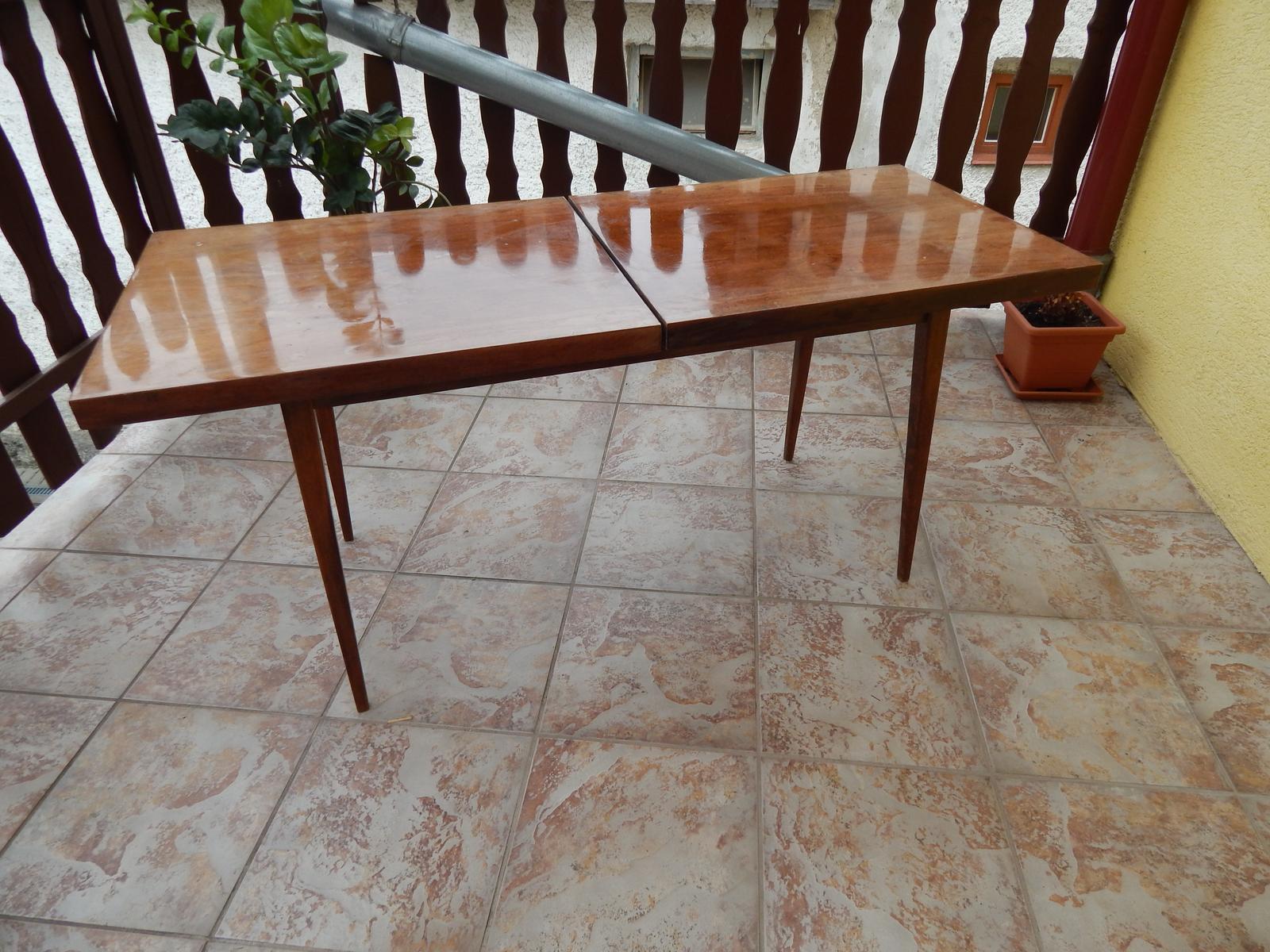 Konferenčný stolík  - Obrázok č. 1