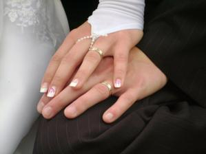 naše prstýnky, pěkné a jednoduché