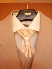Detail kravaty...