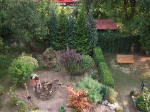 na konci možno vykopem jazierko...tak by to po správnosti malo byť::))