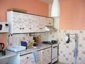 kuchyn před R