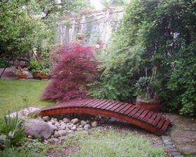 zahrada mojej kamosky..jej ocinko je zahradnik ;-)