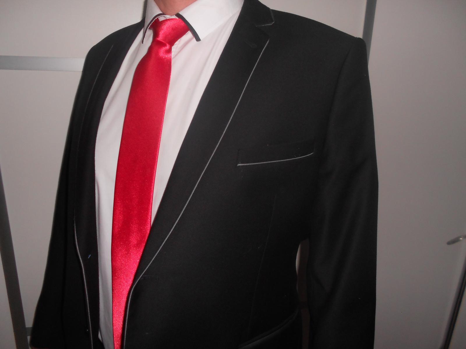 Pánsky oblek -slim - Obrázok č. 1