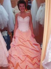 hezká sukně..podobnou budu mít  - jen tato byla mnohem těžší