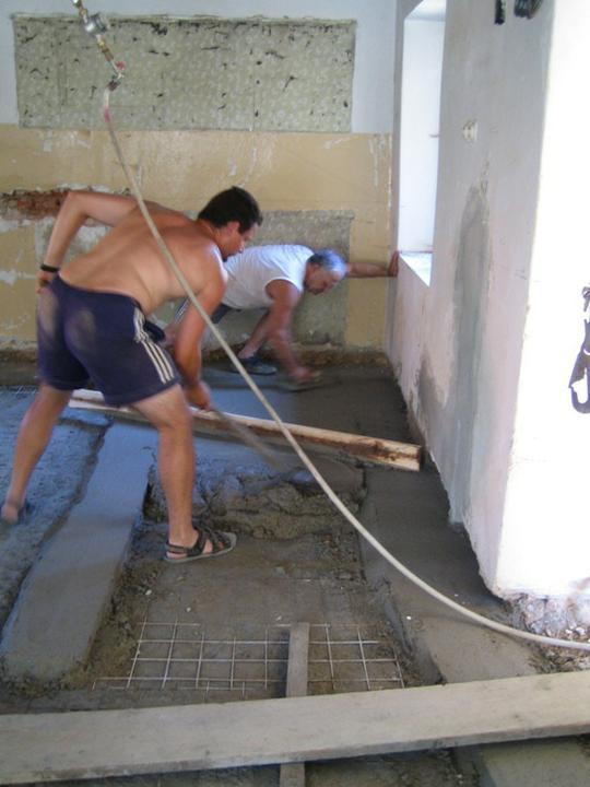 Krušné začátky - Kluci makaj na betonech