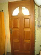 Konečně máme nové dveře! :-)