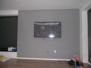 TV Samsung 58´- uhlopriečka 147 cm