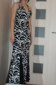 Čierno-biele vzorované šaty, 38