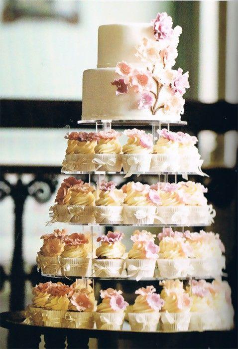 Sladké a pôvabné svadobné torty - Obrázok č. 33