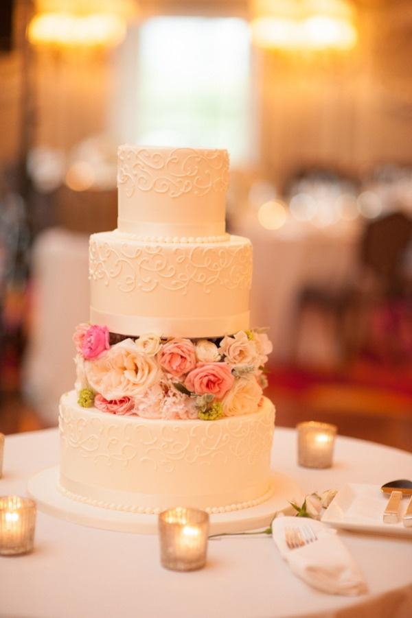 Sladké a pôvabné svadobné torty - Obrázok č. 34