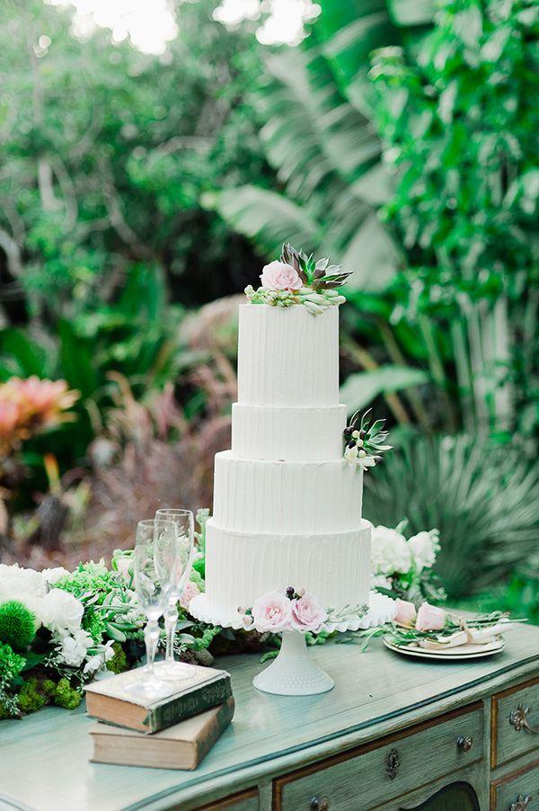 Sladké a pôvabné svadobné torty - Obrázok č. 35