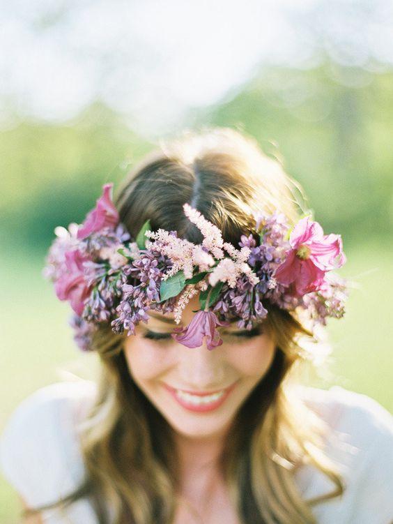 Svadobné účesy oživené kvetmi - Obrázok č. 11