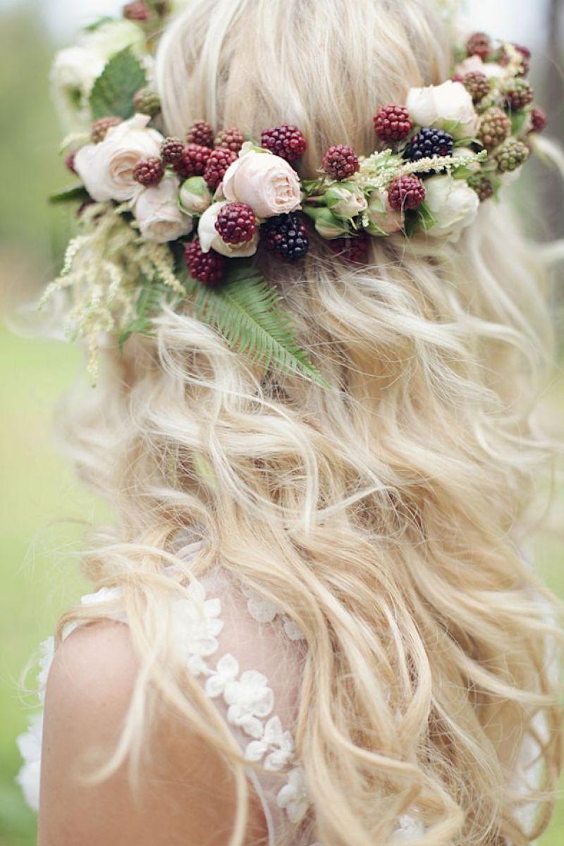 Svadobné účesy oživené kvetmi - Obrázok č. 32