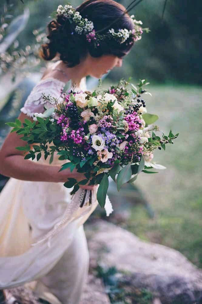 Svadobné účesy oživené kvetmi - Obrázok č. 45