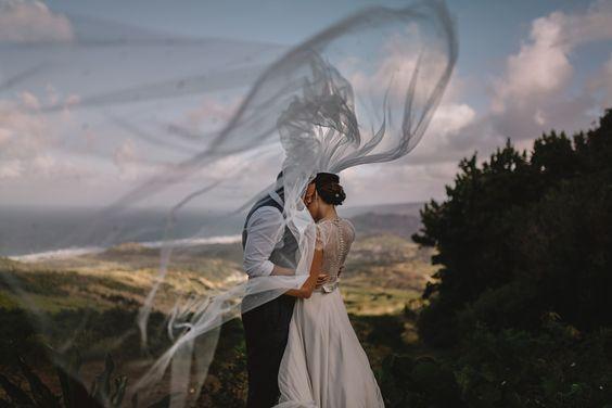 Inšpirácie na svadobné fotky - Obrázok č. 40