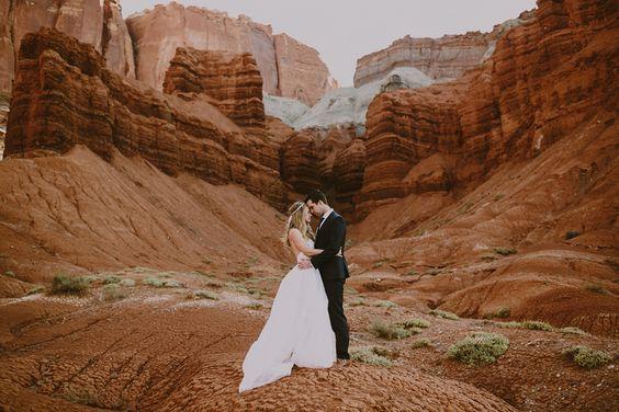 Inšpirácie na svadobné fotky - Obrázok č. 52