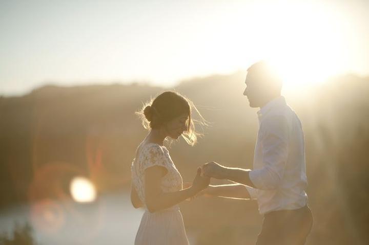 Inšpirácie na svadobné fotky - Obrázok č. 94