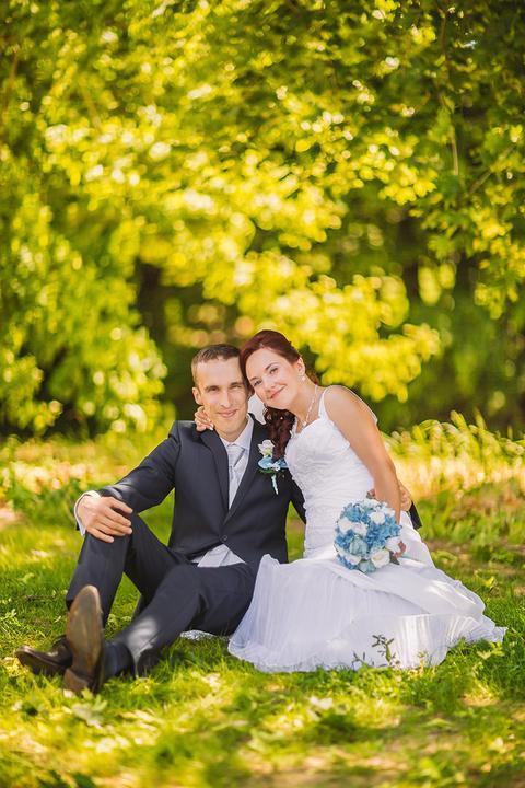 Nestáva sa často, že by na Mojej svadbe svadobné prípravy vo veľkom riešil ženích, väčšinou sme tu samé ženy :) aj preto ma teší, že predsvadobné obdobie tu s nami prežíval ženích @stano1202 a po svadbe nám poskytol aj rozhovor, ktorý si dnes môžete prečítať v magazíne (https://www.mojasvadba.sk/rozhovor-so-zenichom-stanom/) a zistiť, aké bolo požiadanie o ruku a svadba z pohľadu ženícha. Ďakujeme Stanovi za úprimné slová a ostatným želám príjemné čítanie! :) - Obrázok č. 1