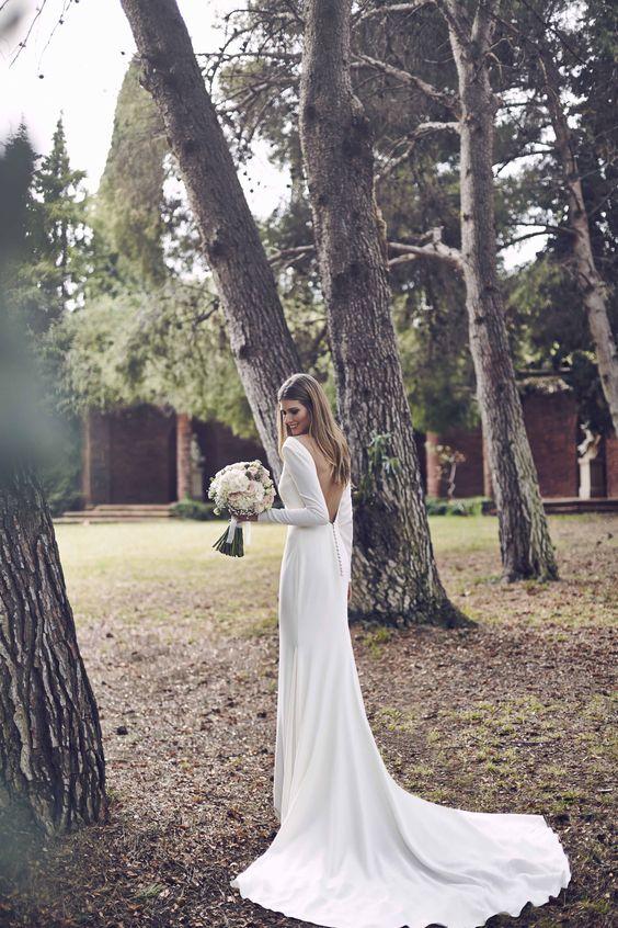Svadobné šaty s dlhými rukávmi - Obrázok č. 4