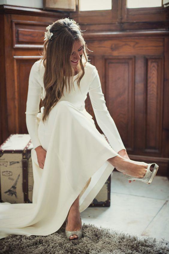 Svadobné šaty s dlhými rukávmi - Obrázok č. 5