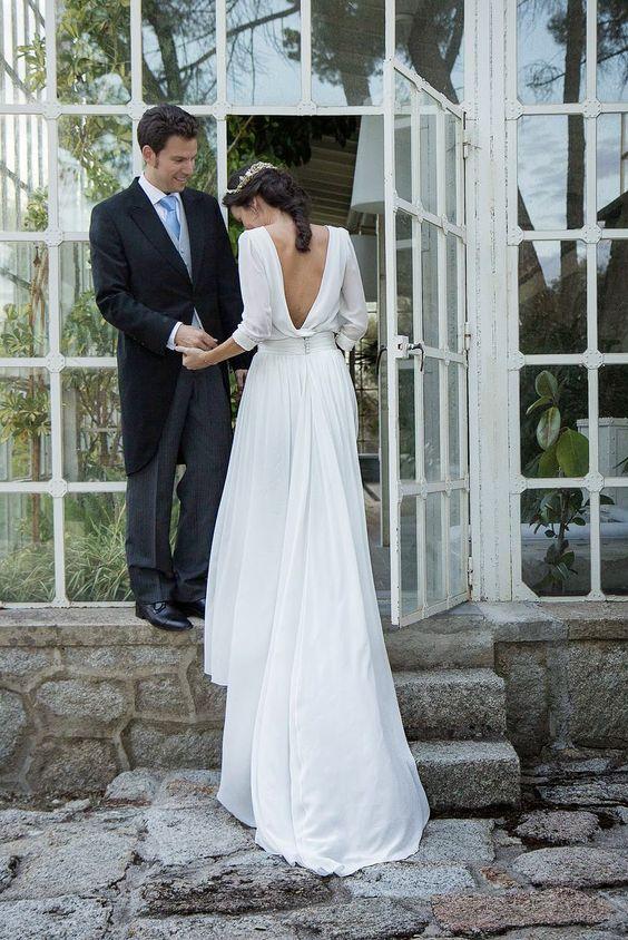 Svadobné šaty s dlhými rukávmi - Obrázok č. 7