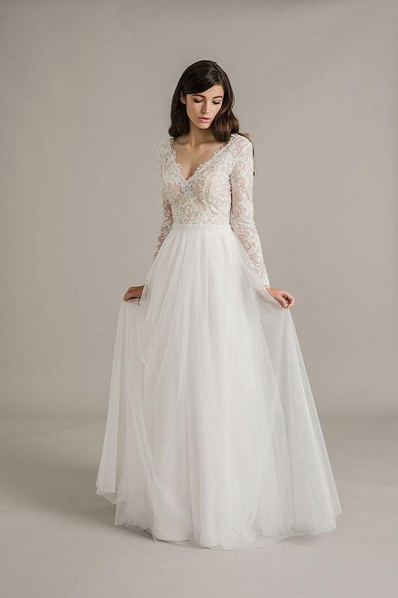 Svadobné šaty s dlhými rukávmi - Obrázok č. 13